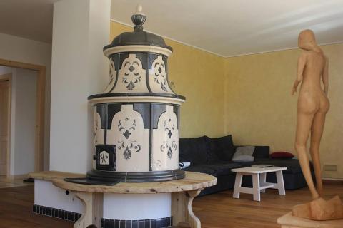 Stufa artigianale in maiolica a ole fatta a mano mod. Stufe Collizzolli Amadris