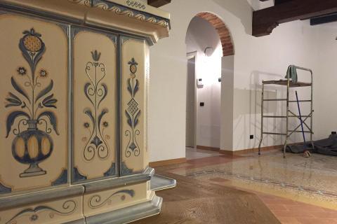 Stufe Collizzolli in stile tirolese stufe in ceramica modello Tirolo